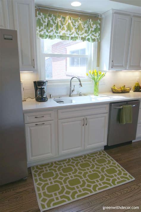 green with decor quartz versus granite