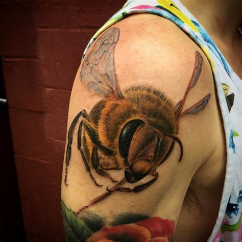 tattoos by bee realistic bee by nic lebrun tattoos