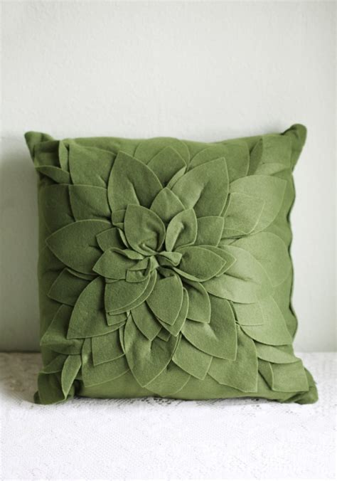 green throw pillow pillow talk