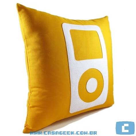 ipod pillow geek pillow ipod