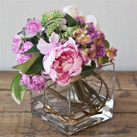 imagenes de rosas sorprendentes arreglo en bouquet con rosas kalanchoes y hortensias de