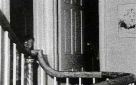 fotos terrorificas fantasmas las 10 fotos m 225 s terror 237 ficas de fantasmas taringa