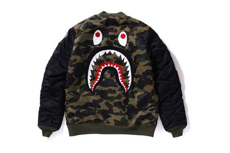 Jaket Bomber Bomber Bape A Bathing Ape Black Hitam 1 bape 1st camo shark ma 1