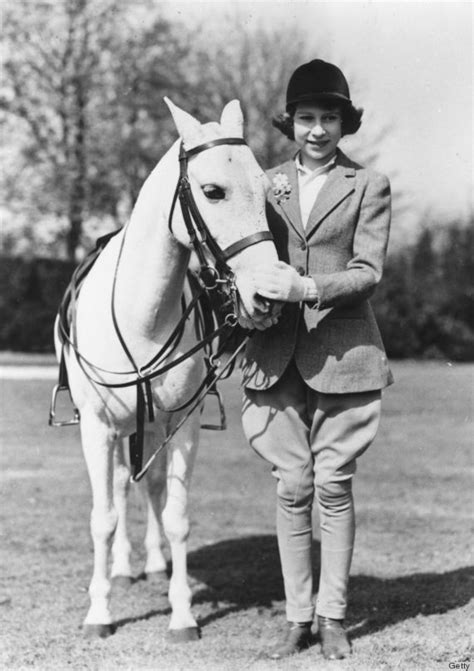 Azcost Edward Brown these vintage photos prove that elizabeth ii is the