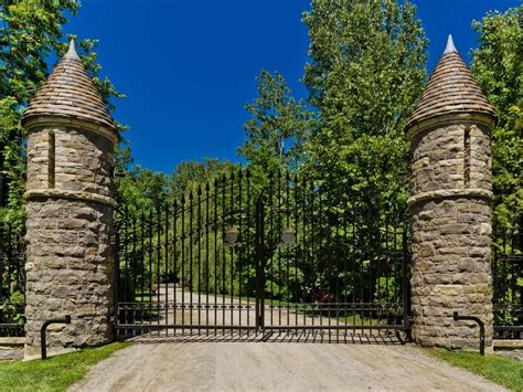 celine dion private island c 233 line dion s 25 5 million laval mansion has sold