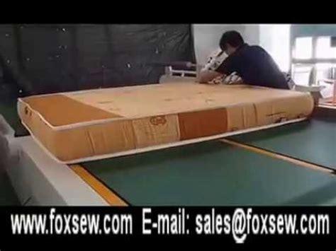 automatic flipping mattress edge machine
