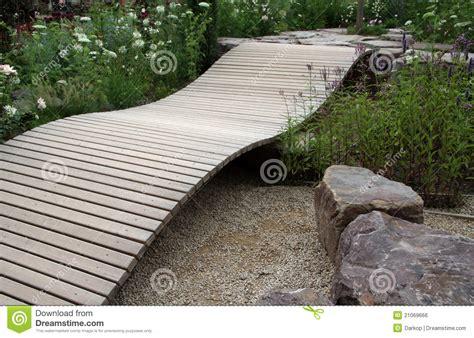 small garden bridge small ornamental garden bridge royalty free stock image