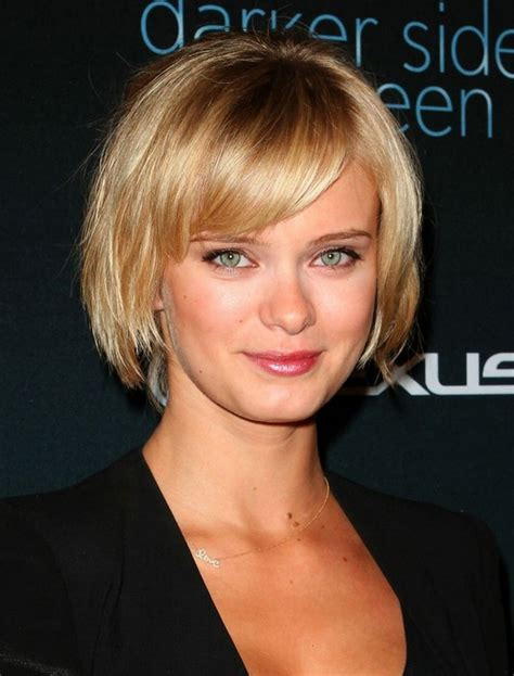 golden blonde long bob for women hairstyles weekly short hairstyle for 2014 layered golden bob with bangs
