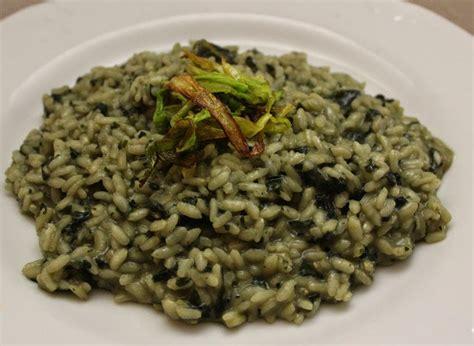 cucinare ortica risotto con ortica ricetta