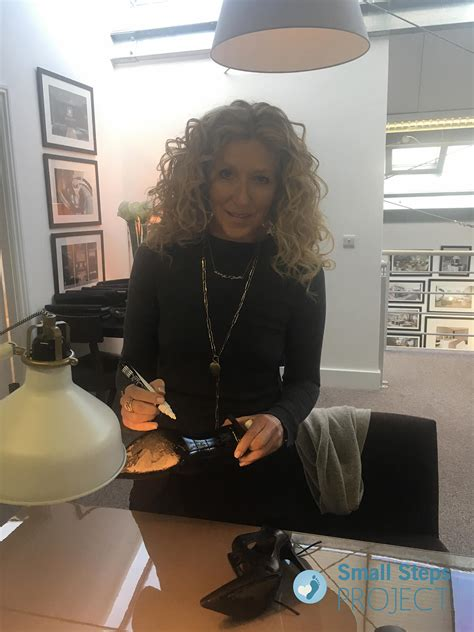 kelly hoppen small steps project