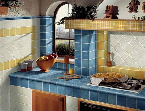piastrelle per piano cucina gallery of cucine in muratura piano di lavoro in
