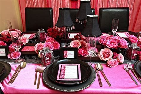 pink & black table decorations   Wedding Decor