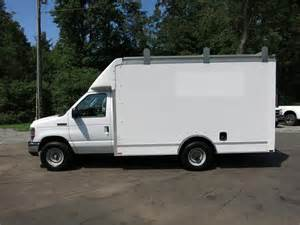 Ford Box Truck For Sale Click To View 1 Pictures Of This 2008 Ford E350 Sd 12 Box