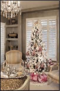 How to decorate a designer christmas tree for your luxury home haute