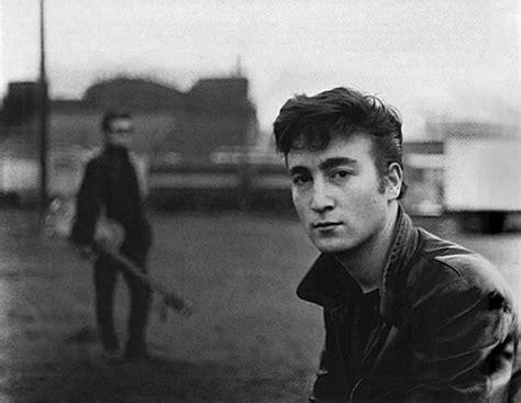imagenes de john lennon joven rare photos of the beatles 37 pics