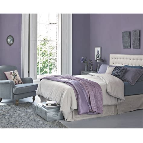 lilac paint for bedroom how to work the lilac and grey colour scheme into your