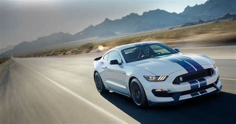 Ford Mustang Shelby Gt350 by 2017 Ford Mustang Shelby Gt350 Sports Car Model Details