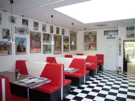 arredamento per fast food arredamento ristorante e fast food america graffiti a