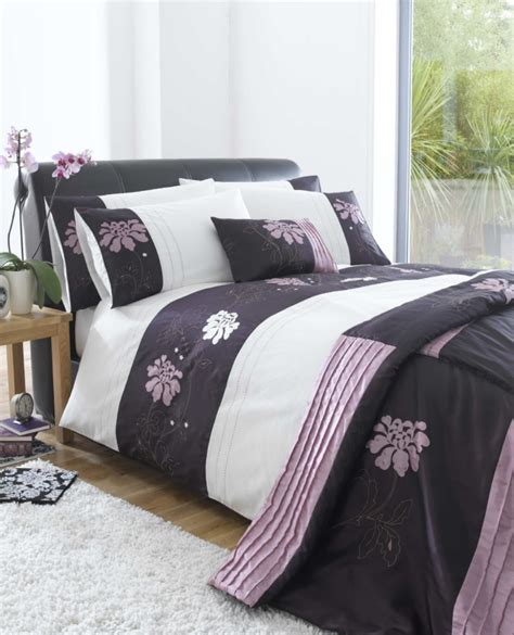 Plum Quilt Covers by Eleanor Forbes Aubergine Plum Duvet Quilt Cover