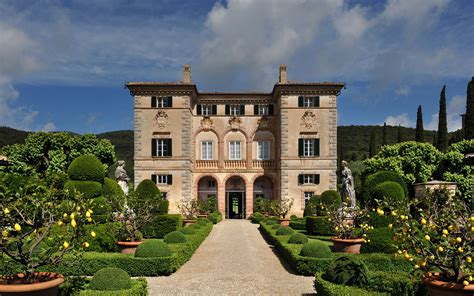 the new a tuscan villa shakespeare and books luxury villa villa tuscany italy europe
