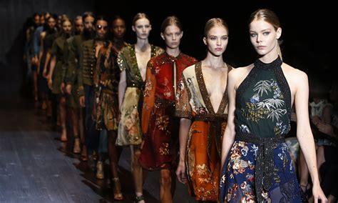 La Fashion Week Day 1 by La Fashion Week D 233 Barque 224 Milan Toutelaculturela