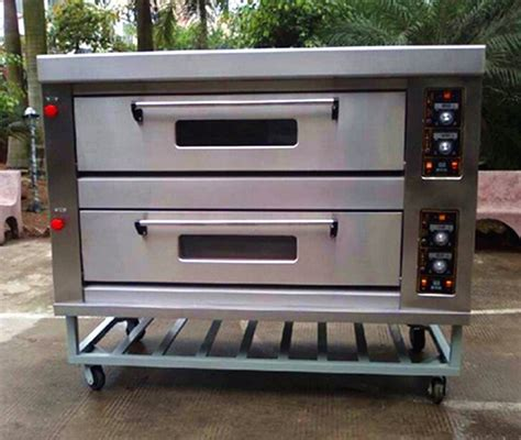 Oven Gas Bakery energy saving 2 deck 6 trays gas oven for bakery buy deck gas oven industrial gas ovens