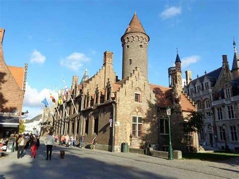 bootje brugge bootje varen foto van historic centre of brugge brugge