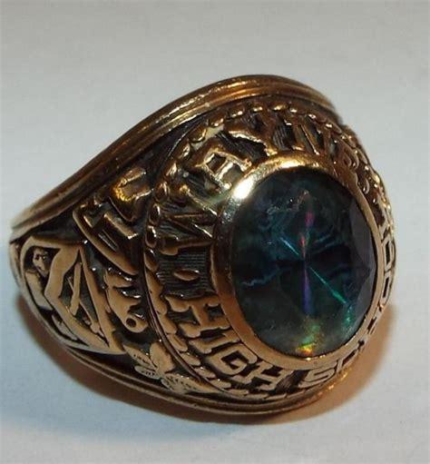 jostens 10k gold class ring