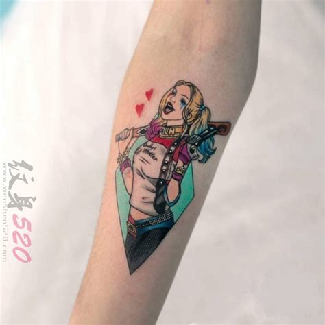 女生手臂纹身小图案 女生手臂纹身图案大全 纹身图案女生手臂英文 适合女生的纹身小图案 纹身女生简单小图案手