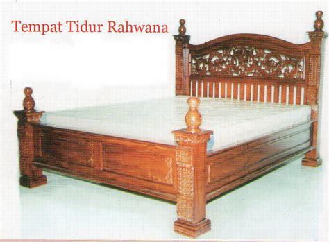 Meja Rias Rahwana dipan meja rias dan lemari jati mahkota kreasi