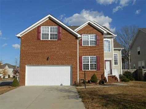 2500 benlar ct virginia va 23456 foreclosed home