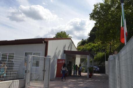 banca adriatica banca adriatica in aiuto valfornace marche ansa it