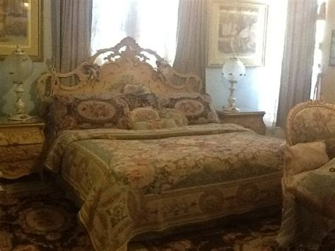 tapestry bedding vintage victorian pinterest