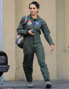 Aufnäher Top Gun Set by Ethan Hawke And Zoe Kravitz Look Tough In Air Force Attire
