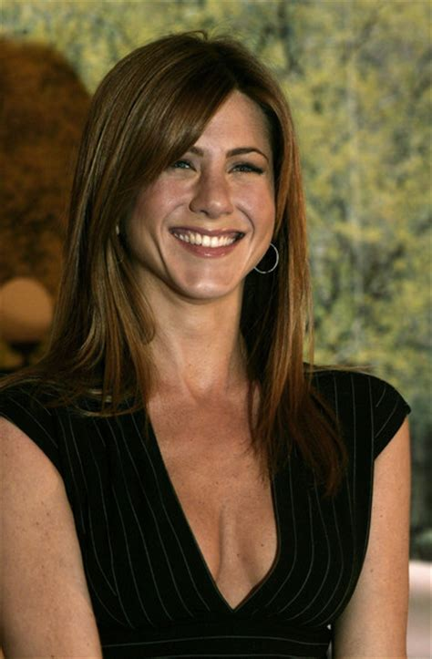 slodive celebrity hair jennifer aniston hair with blonde highlights