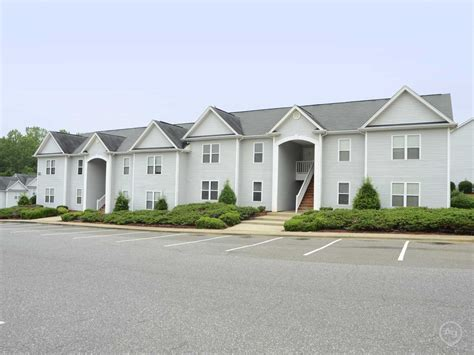 houses for rent in mount holly nc the cloisters apartments mount holly nc 28120 apartments for rent