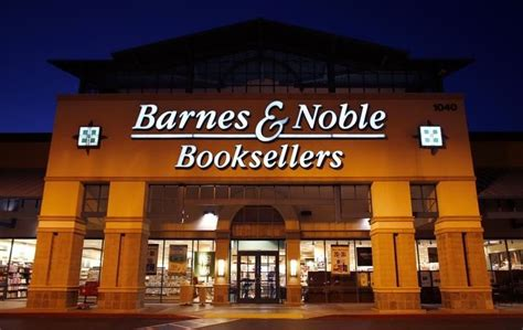 barnes and noble sale barnes noble sales fall for fifth quarter