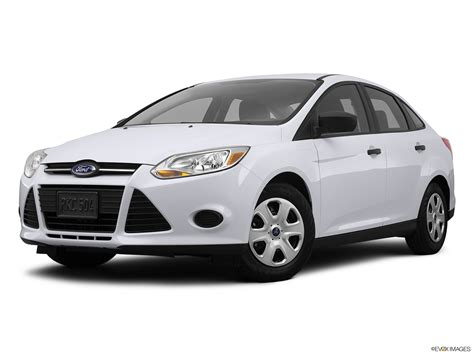 which mazda to buy 2012 ford focus vs 2012 mazda 3 which one should i buy