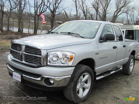 2007 2008 dodge ram 1500 2007 dodge ram 1500 big horn edition cab 4x4 in bright silver metallic 198596