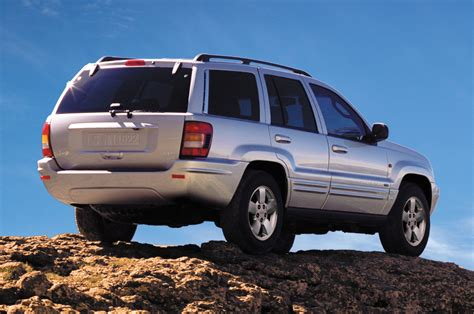 jeep grand cherokee back 2004 jeep grand cherokee rear view photo 7