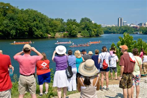 dragon boat racing richmond dragon boat festival attracts thousands to rocketts