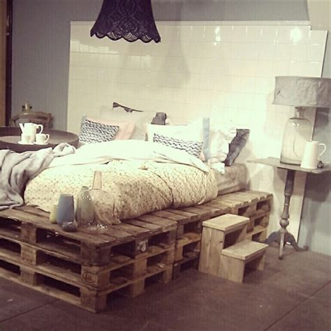 How To Make A Bed Out Of Pallets by 9 Ways To Create Bed Frames Out Of Used Pallet Wood