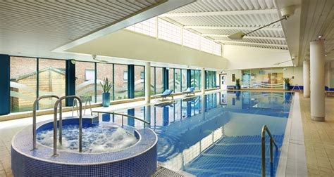 hilton bracknell hotel  accommodation bracknell