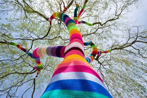 guerilla knitting picture of the day yarn bombing in germany 171 twistedsifter