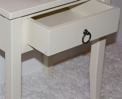 Nachttisch Dunkles Holz by Nachtschrank Nachttisch Holz Alt M 246 Bel Inspiration Und