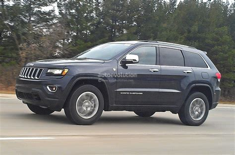 camo jeep grand spyshots 2014 jeep grand facelift loses almost