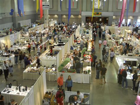 tucson bead show how to find the best bling at the tucson gem and mineral