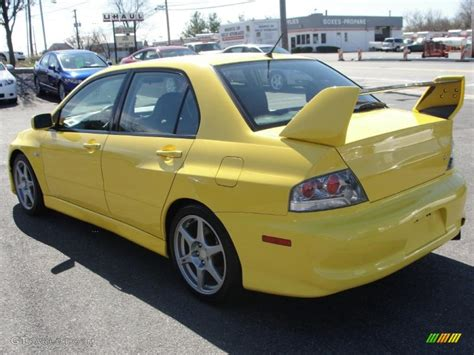 mitsubishi yellow lightning yellow 2004 mitsubishi lancer evolution viii