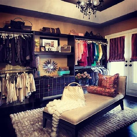 5 links for turning a room into a closet i will do