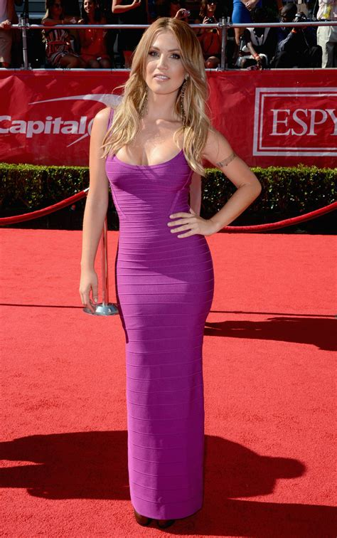 celebrity hit list tab willa ford in purple perfection best and worst dressed